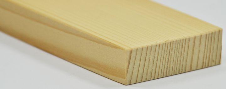 Stück Fichtenholz
