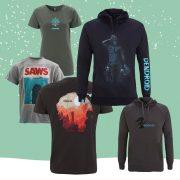 Verschiedene T-Shirts und Hoodies