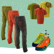 Verschiedene Shirst, Schuhe und Hosen